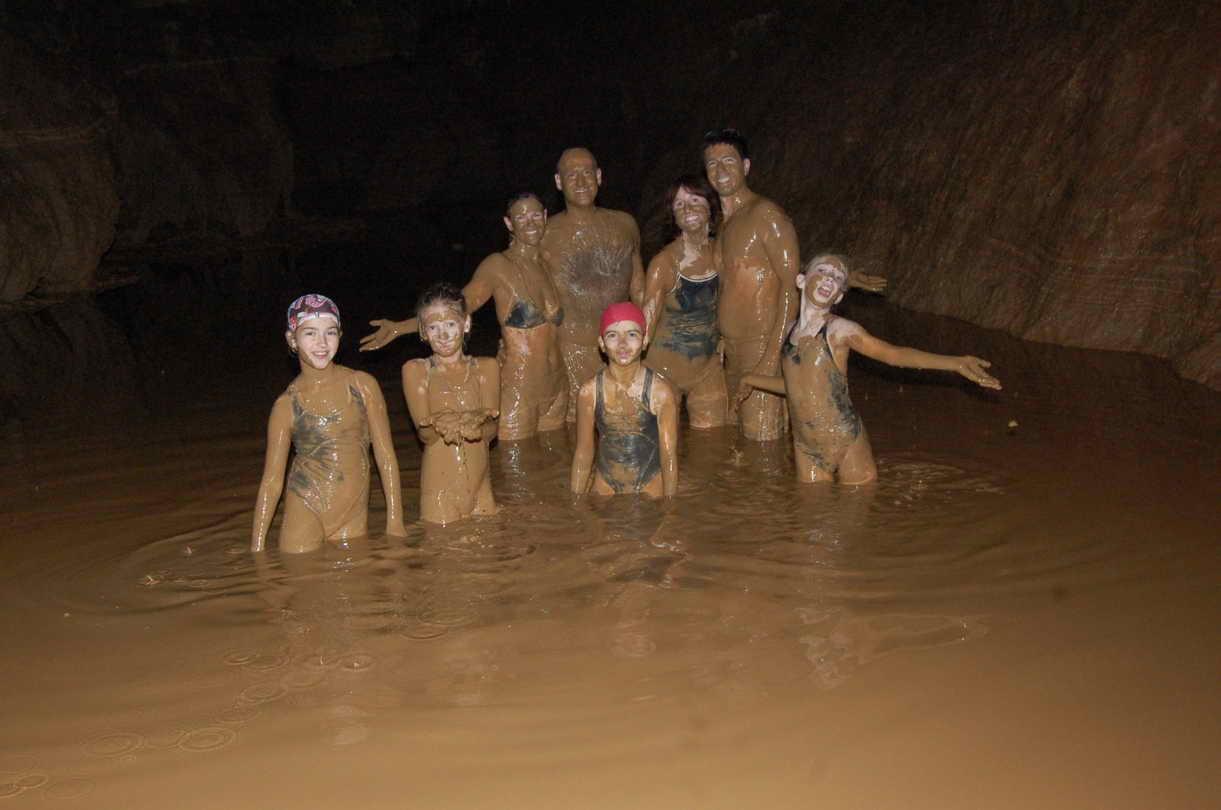 Yangshuo-Water-cave-yangshuo-village-inn-guilin-yangshuo-china