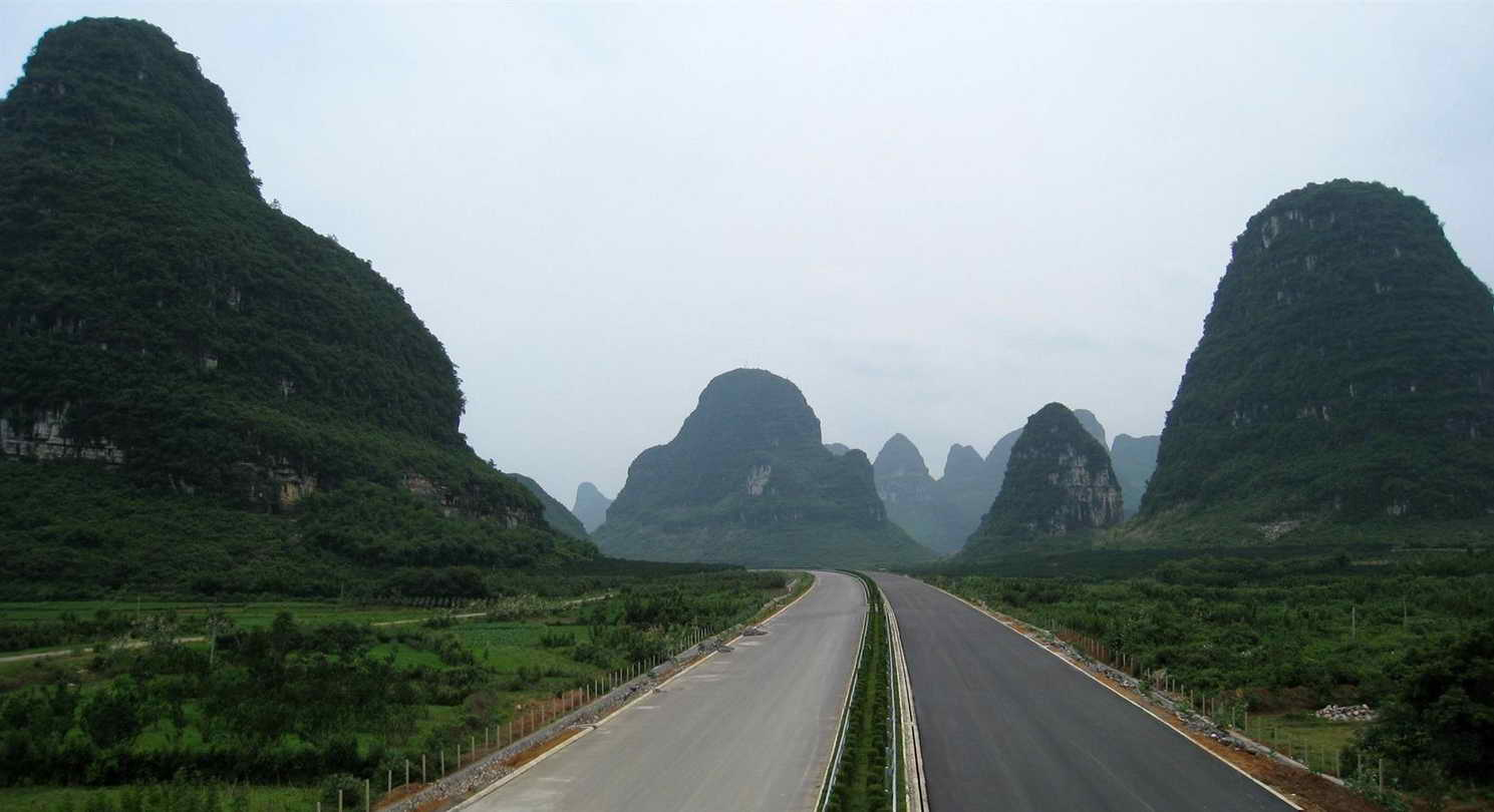 guilin-to-yangshuo-yangshuo-village-inn-guilin-yangshuo-china