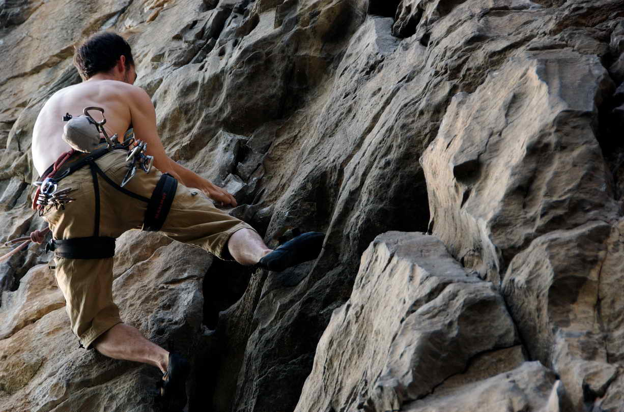 yangshuo-climbing-from-yangshuo-mountain-retreat